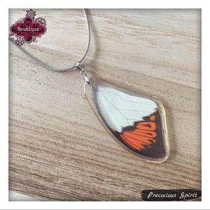 Jewelry - beautiful real butterfly wing acrylic pendant